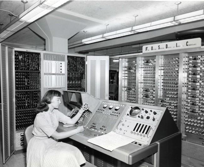 machines_1960_08012